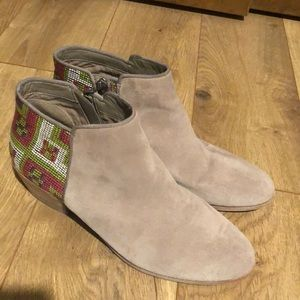 Sam Edelman Taupe Booties! Great condition! Size 8